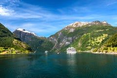 Geiranger海湾是其中一个被参观的站点在挪威 免版税库存照片