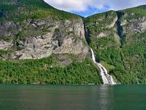 Geiranger瀑布 库存图片