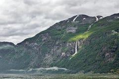 Geiranger в конце Sunnylvsfjorden, Норвегии Стоковые Изображения RF