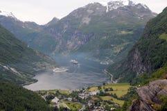 geirangerfjord над взглядом Стоковые Изображения