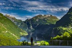 Geirangerfjord en la opini?n de Noruega foto de archivo