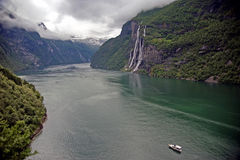 Geirangerfjord veduto dall'azienda agricola di Skageflaa Immagine Stock