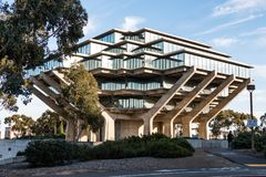 Geisel Library On The UCSD Campus. LA JOLLA, CALIFORNIA - FEBRUARY 17, 2018:  The Geisel Library at UCSD, was designed by William Pereira and opened in 1970. It Stock Photo