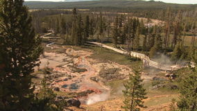 Geiser in Yellowstone stock videobeelden
