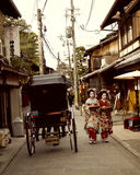 Geisha giapponese Girls o Maiko Girls a Kyoto Fotografia Stock Libera da Diritti