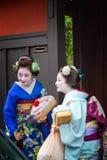 Geisha in Gion Stock Afbeeldingen