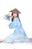 Geisha in kimono blu Immagini Stock