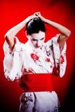 Geisha in kimono tradizionale fotografia stock