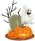 Geist am Friedhof auf Halloween Stockfotos