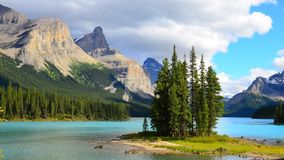 Geist-Insel, Maligne See, Rocky Mountains, Kanada Lizenzfreies Stockbild