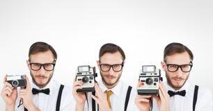 Geisterbild des Mannes, der Retro- Kamera verwendet Lizenzfreies Stockfoto