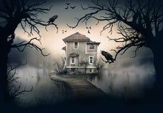 Geisterhaus auf dem See Lizenzfreie Stockfotos
