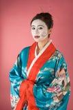 Gejszy Azjatycki kobiety facepaint w yukata kimonie Obraz Stock