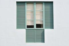 Gekennzeichnetes Fenster Stockfoto