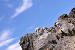 Gekippte Ansicht der Montierung Rushmore Lizenzfreie Stockfotos