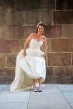 Gekke bruid in een fotospruit Royalty-vrije Stock Foto