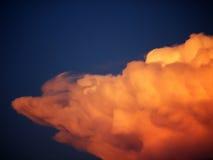 Gekke oranje wolk Stock Foto's