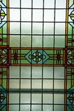 Gekleurd gebrandschilderd glasvenster, Amsterdam, Nederland, 13 Oktober, 2017 royalty-vrije stock foto's