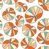 Gekleurd naadloos patroon op bladerenthema De herfst Stock Afbeeldingen