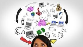 Gekleurde animatie van het hebben van idee en het ontwikkelen van plan en vrouw het letten op stock video