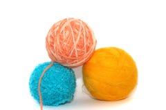 Gekleurde ballen van draden Royalty-vrije Stock Foto's