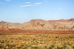Gekleurde bergen, de vallei van San Juan, de V.S. Hwy 163 - Utah Royalty-vrije Stock Fotografie
