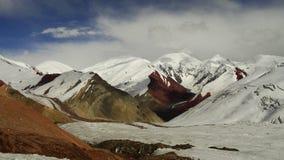 Gekleurde Bergen gletsjer Pamir Royalty-vrije Stock Afbeeldingen