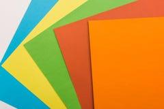 gekleurde bladen van document Stock Foto's