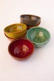 Gekleurde Ceramische Schotels Royalty-vrije Stock Afbeeldingen