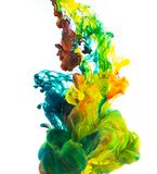 Gekleurde die inkt op witte achtergrond wordt geïsoleerd Royalty-vrije Stock Afbeelding