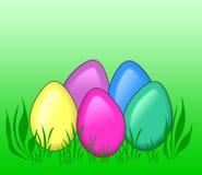 Gekleurde eieren in gras Royalty-vrije Stock Foto