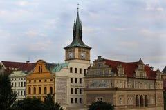 Gekleurde gebouwen in Praag, Tsjechische Republiek stock afbeeldingen