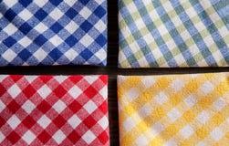 Gekleurde geruite tafelkleden luchtmening Stock Fotografie