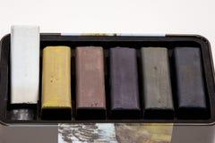 Gekleurde houtskoolstokken voor tekening Royalty-vrije Stock Foto