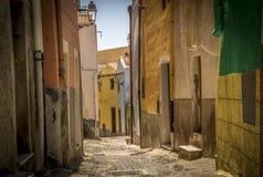 Gekleurde huizen in Bosa Stock Afbeeldingen