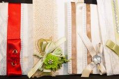 Gekleurde Huwelijksuitnodiging royalty-vrije stock afbeeldingen