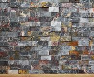 gekleurde, kleine bakstenen muurachtergrond royalty-vrije stock foto