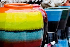 Gekleurde kruiken. royalty-vrije stock foto