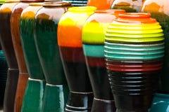 Gekleurde kruiken royalty-vrije stock foto's