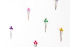Gekleurde naaiende spelden Royalty-vrije Stock Fotografie