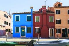 Gekleurde oude huizen van het Burano-Eiland, Venetië royalty-vrije stock afbeelding