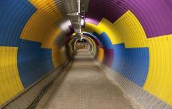 Gekleurde passagetunnel, kleurrijke tunnel 2 Stock Afbeeldingen
