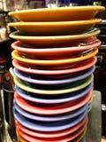 Gekleurde platen in een bar Royalty-vrije Stock Foto