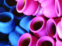 Gekleurde Potten Royalty-vrije Stock Afbeeldingen