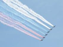 Gekleurde rook op vliegtuigen Stock Foto's