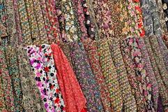 Gekleurde stoffen Royalty-vrije Stock Foto's