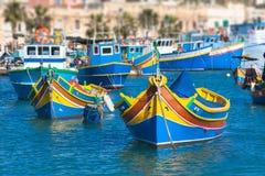 Gekleurde vissersboten, Malta Royalty-vrije Stock Afbeelding