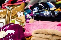 Gekleurde wolsweaters stock fotografie