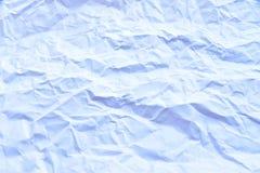 geknitterte Weiß gefaltete Papierhintergrundbeschaffenheit Lizenzfreie Stockfotografie