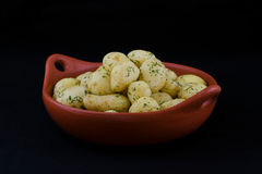 Gekochte Frühkartoffeln Stockbild